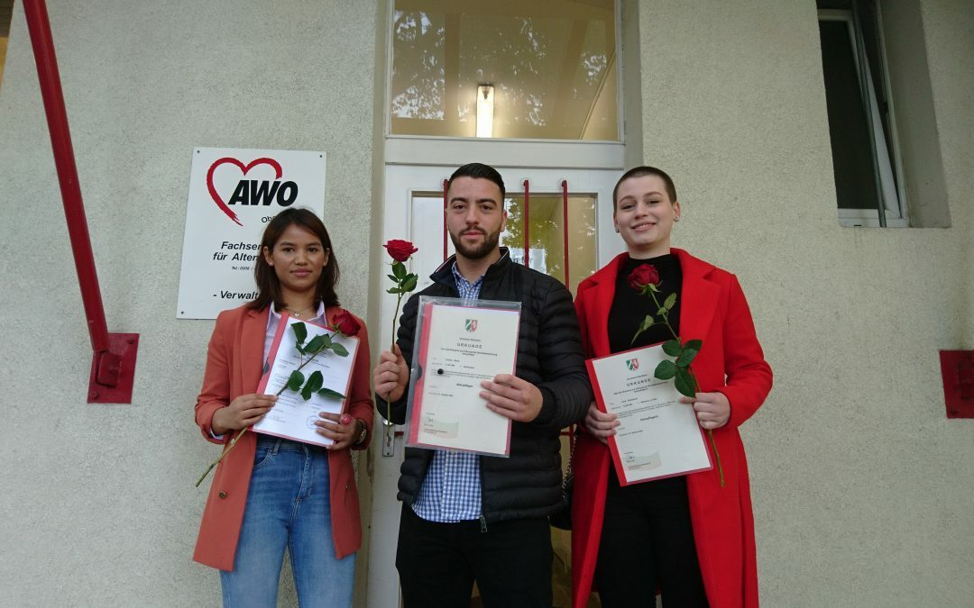Wir gratulieren unseren Auszubildenden zum bestandenen Examen